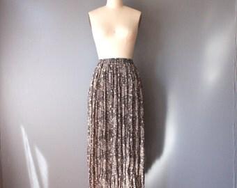 vintage 90s skirt / floral crinkle skirt / accordion pleated skirt / small