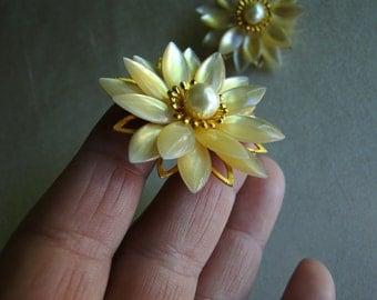 Lovely Buttercream Soft Vintage Flower Earrings
