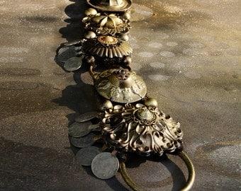 "Bellydance Belt, XXL-XXXLarge, 41.5""-44"", Black, Brass, Dark Gold, Kuchi Coins, Fusion, Vintage, Noir, Nouveau, Ritual, Tribal, Costume"