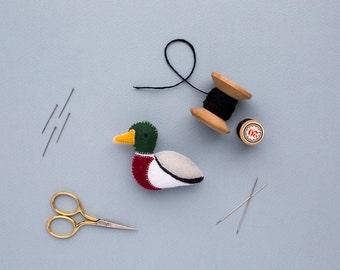 felt mallard duck brooch - handmade mothers day gift - mallard gift - bird jewellery