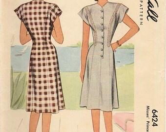 1940s McCall 6424 Vintage Sewing Pattern Misses Princess Dress, Step In Dress, Shirtwaist Dress Size 14 Bust 32