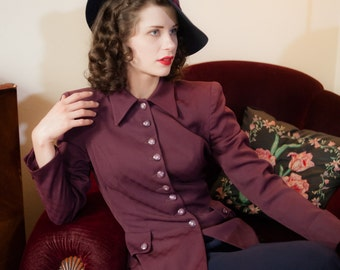 Vintage 1940s Jacket - Striking Burgundy Checkerboard Patterned Gabardine 40s Suit Jacket with Strong Shoulders and Nipped Waist