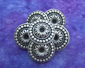 SouthWest Flower Buttons, 20mm 3/4 inch - Antiqued Silver Tone Metal Floral Buttons - 6 VTG NOS Silver Flower Metal Shank Buttons MT45