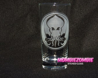 Cthulhu  HP Lovecraft Etched Drinking Glass