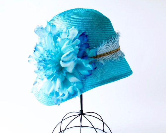 Straw Cloche Hat Women Turquoise Aqua Blue Caribbean Blue Wedding Flapper Hat Straw Hat Summer Hat Spring Hat Tropical Blue Handmade Flower