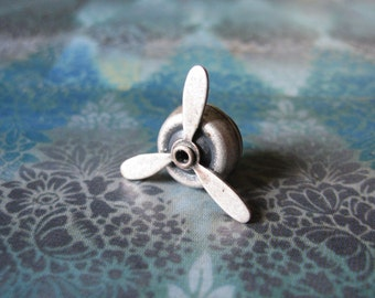 Aviator - Antiqued Silver Propellor Propeller Brooch Lapel Pin or Tie Pin Tie Tack with Gift Box