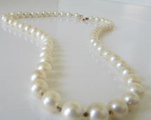 Vintage Real Pearls 14 K Clasp Pearls Single Strand Pearls  19 inches long