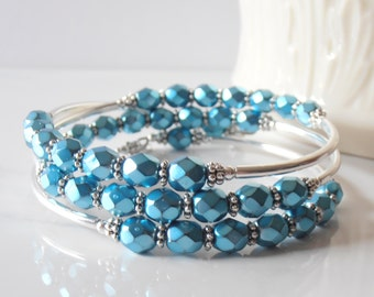 Bridesmaid Bracelets, Beaded Memory Wire, Turquoise Glass Bead Jewelry, Boho Weddings, Gift for Bridesmaid, Chunky Bracelet