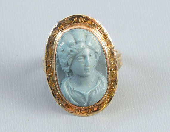 Antique mid Victorian 14k rose gold blue lava cameo ring very high relief