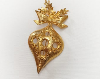 Vintage Large Christmas Ornament Brooch Gold Tone Metal