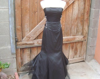 Jessica McClintock Vintage Ball Gothic Wedding Gown Boning & Bling Size 4