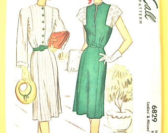 Uncut 1940s Ladies' and Misses' Dress Vintage Printed Sewing Pattern Bust 36 inches