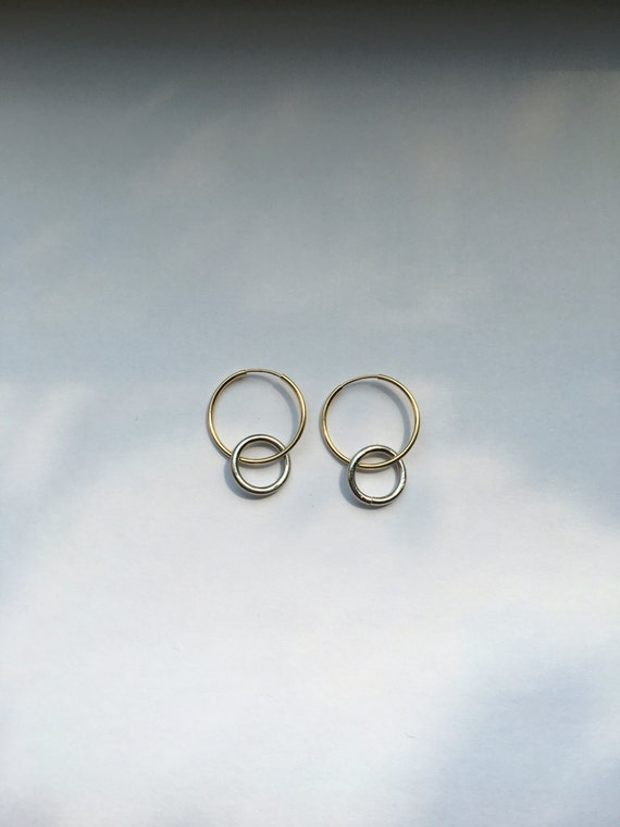 Mixed metal ring hoops