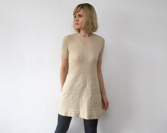 60s mini dress. knit cream dress. tricot mini dress - xxs, xs