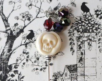 Lamp Work Skull, Etsy Artisan, Ivory Skull, Glass Skull, Limited Edition,  Stick Pin, Hat Pin, Lapel Pin, Steampunk, Ascot Pin, H0363