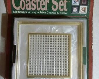 Needleform 5 Piece 7 Mesh Canvas Plastic Pearlescent C-4 Coaster Set 1988 NOS