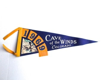 Vintage Cave of the Winds Pennant, Souvenir Pennant, Colorado Felt Pennant, 1960s Travel Pennant, Colorado Souvenir