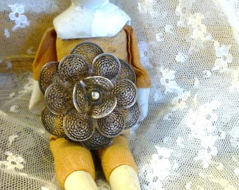 """signed """"sterling"""" and """"mexico"""" stacked petals floral brooch"""
