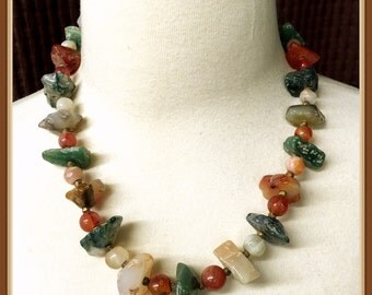 Vintage Multi Color Stone Necklace, Chunky Style, Polished, Smooth, Graduated, 1970's