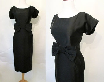 "Classic 1950's ""Little Black Dress"" Audrey Hepburn  Cocktail Party Dress w/ Dramatic Bow Detail Rockabilly VLV Hourglass Vixen Size-Medium"