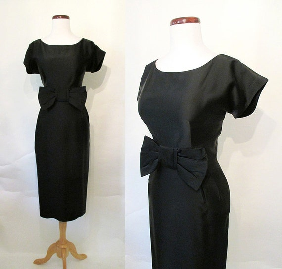 "Classic 1950's ""Little Black Dress"" Audrey Hepburn  Cocktail Party Dress w/ Dramatic Bow Detail Rockabilly VLV Hourglass Vixen Size-Medium"