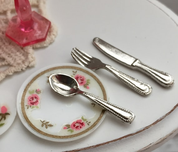Miniature Silverware Set, Style 5509, Dollhouse 1:12 Scale Miniatures, 12 Piece Utensil Set, 4 forks, 4 spoons, 4 knives