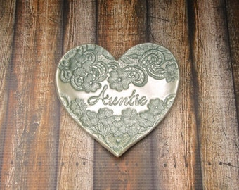 Personalized For Auntie Vintage Floral Lace Heart Jewelry Dish Ring Holder For Her, Aunt Gift, Vintage Style Silvery Sage Green Pearl Finish