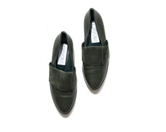 Vintage Leather Slip Ons 7 / Olive Leather Loafers / Italian Leather Loafers / Joan and David Shoes