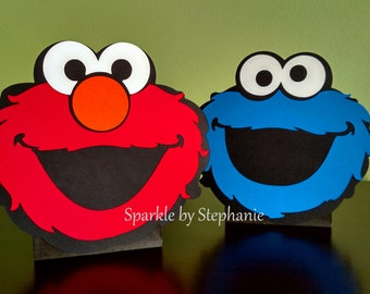 Elmo Centerpiece & Cookie Monster Centerpiece l Sesame Street Centerpiece l Elmo Party l Elmo Baby Shower l Balloon Centerpiece l Set of 2
