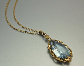 Belle Epoque Pendant Design Early 1900's Gold Double d'Or Pendant with Aquamarine Colored Stone