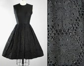 Vintage 50s CROCHET Dress / 1950s Black Cotton Linen Cocktail Party Sunndress FLORAL Lace Full Swing Skirt Pinup Garden Party Xs S Small