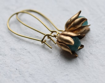 Flower Bud Earrings ... Vintage Brass with Turquoise Sea Green Glass