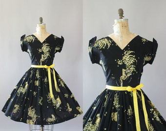 Vintage 50s Dress/ 1950s Cotton Dress/ Black & Yellow Floral Cotton Dress w/ Cuffed Sleeves L