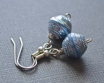 Clearance  Sale . Silver and Blue Rounds . Earrings