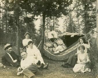 "Vintage Photo ""Restful Afternoon in Kentucky"" Snapshot Antique Photo Black & White Photograph Found Paper Ephemera Vernacular - 171"
