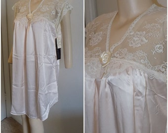 Vintage NWT Lily of France Peachy Pink Nightie Night Shirt