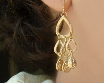 Hammered Metal Earring in Gold or Silver