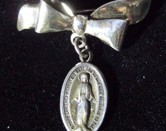 Vintage Silver Mother Mary Miraculous Medal with Bow Brooch Religious Medal Jewelry