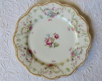 Haviland Limoges Plate Floral Dinner Luncheon DB Bedell Shabby Chic Pink Roses Scalloped China Pattern Gold Trim Vintage Antique France NY