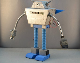 Large Retro Cyclops Robot Desktop Sculpture with Jetpack
