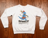 vintage 80s Skiasaurus sweatshirt skiing dinosaur novelty ski sweatshirt ski fanatic 1980 cartoon jumper small S medium M
