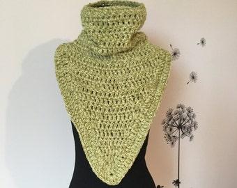 Crochet Scarf / Men Cowl Scarf / Chunky Scarf / Circle Cowl Neck warmer / Knit Scarf / Crochet Cowl
