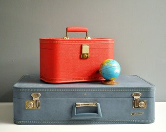 Vintage Monarch Suitcase - Mid Century Luggage