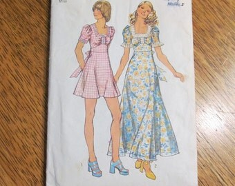 """VINTAGE 1970s Saucy BOHO Summer Maxi or Mini Dress with Square Neckline - Size 12 (Bust 34"""") - UNCUT Sewing Pattern Simplicity 5616"""