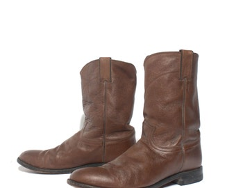 11.5 D | Men's Brown Pebbled Leather Pull On Justin Ropers