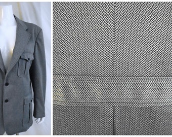 Vintage 1970's Suit Jacket in Herringbone 30s Style with Half Belt and Large Patch Pockets