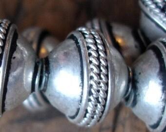 Moroccan  shiny small round ornate bead