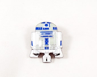 Star Wars Lapel Pin, Or Brooch Pin  R2D2 Droid  Silver  Mens Womens Gift