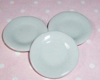 Set porcelain plates