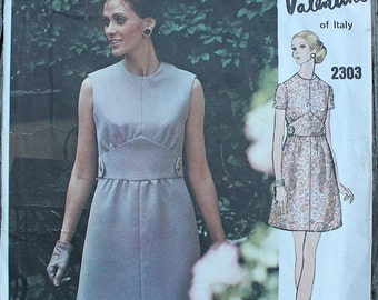 Vogue Couturier Valentino  2303 1970s 70s Mod Gathered Dress Vintage Sewing Pattern Size 10 Bust 32.5